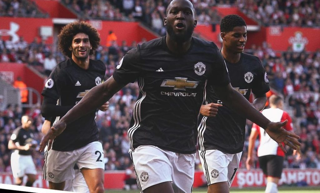 SOUTHAMPTON 0 MANCHESTER UNITED 1 : Romelu Lukaku strikes again but United fans ignore pleas to stop singing offensive song