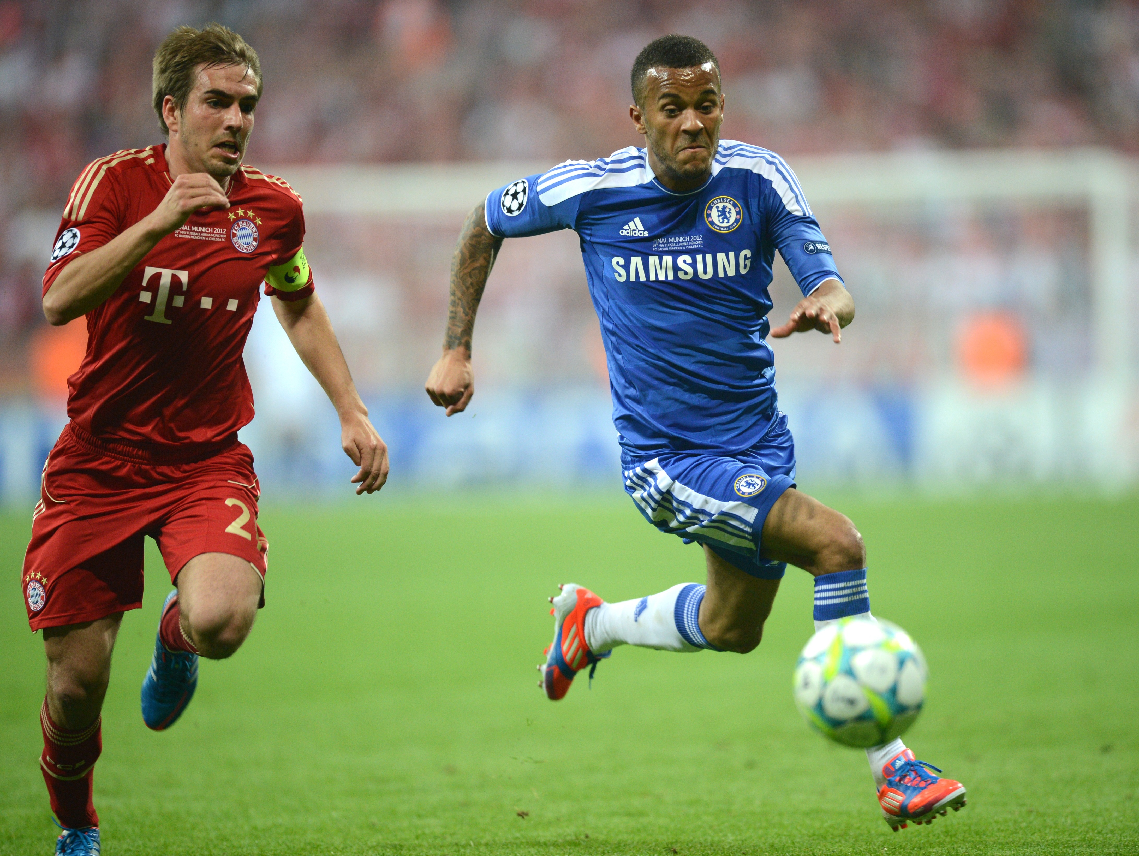 Ryan Bertrand vs Bayern Munich versatality