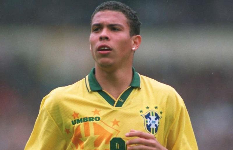 Realização de Ronaldo - Abandono da escola, Impressionando em Portugal e Copa do Mundo de 1994 6